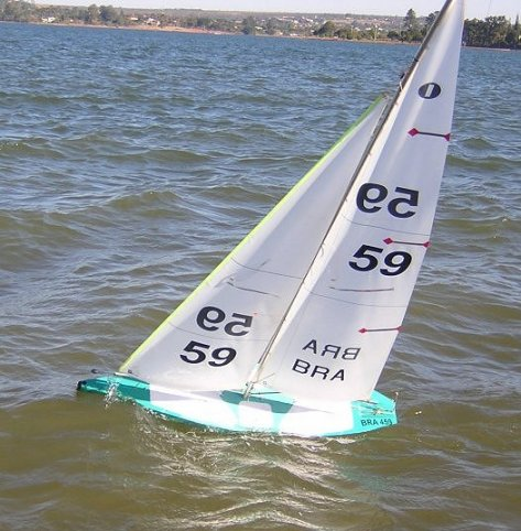 IOM+RC+Yacht IOM (Topiko - BRA 45)